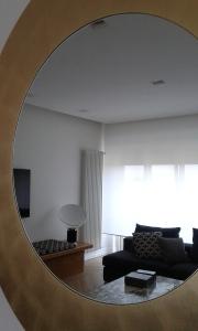 1 Italian design living allo specchio