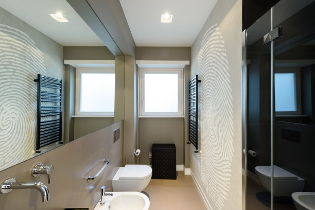 11 Bagno con carta parati wallpaper bathroom